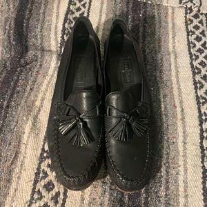 Vintage Cole Haan black leather tassel loafers